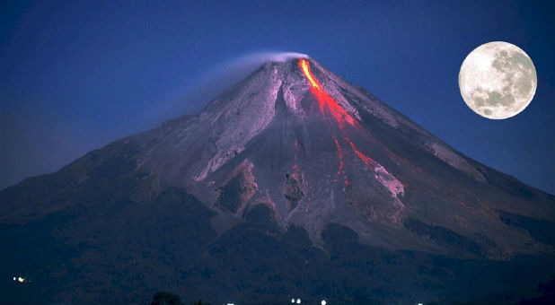 Is an eruption of one or more of the major volcanoes in the northwest United States imminent?