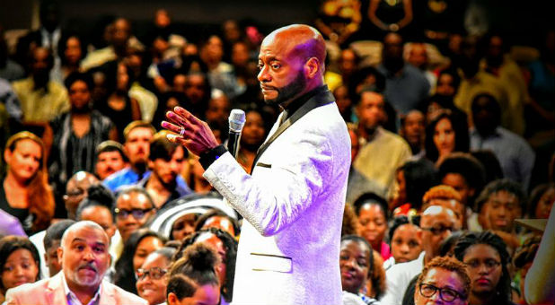 Bishop Eddie Long died at 63.