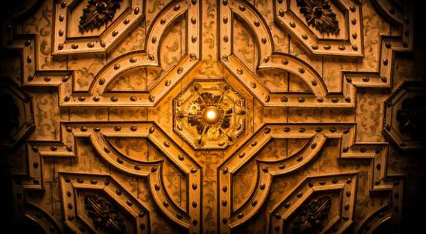priests trained to enter holy of holies for time in