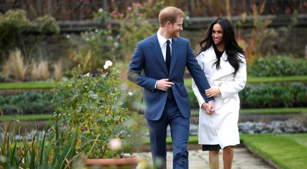 Prince Harry and Meghan Markle announce their engagement.