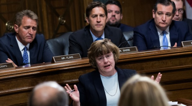 Rachel Mitchell, counsel for Senate Judiciary Committee Republicans, questions Dr. Christine Blasey Ford during the Senate Judiciary Committee.