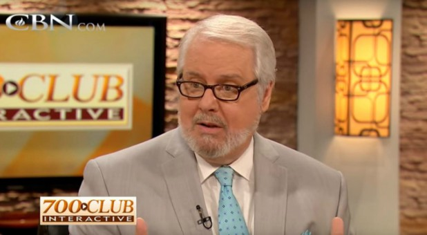 "Don Piper shares his testimony on ""The 700 Club."""